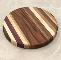 "13.5"" Round Striped Cutting Board"