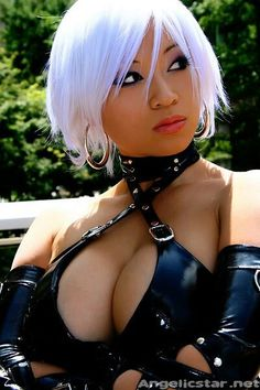 """Because hot girls can be gamer/anime geeks too! Cosplay (short for """"costume play"""") is where gamers and anime fans dress up like their. Sexy Halloween Costumes, Cool Costumes, Cosplay Costumes, Latex Cosplay, Cosplay Diy, Halloween Stuff, Costume Ideas, Asian Cosplay, Cosplay Girls"""