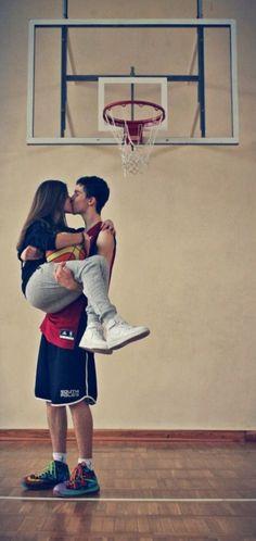 35 Best ideas for basket ball boyfriend couple goals Basketball Couple Pictures, Basketball Couples, Basketball Boyfriend, Football Couples, Basketball Players, Sports Basketball, Basketball Goals, Sports Pictures, Basketball Tumblr