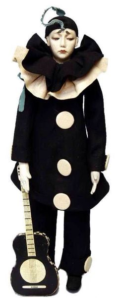 They made a whole lot of Pierrot dolls.