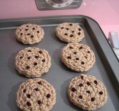 crochet CHOCOLATE CHIP COOKIES