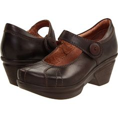Natasha shoe (color: Dark Brown) #sanita #clogs #shoes