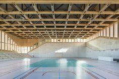 Sport, Holz, Beton, AZC, Sporthalle, Holzkonstruktion, Straßburg, Neudorf, timber, concrete, plinth, sockel, mezzanine,