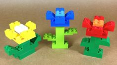 Let's build Lego Flowers with 4630 LEGO® Build & Play Box. 4630 LEGO® Build & Play Box With an impressive LEGO bricks in a wide range of colors, the Bu. Lego Flower, Lego Boxes, Hama Beads Minecraft, Perler Beads, Lego Challenge, Lego Animals, Lego Club, Lego Activities, Box Building