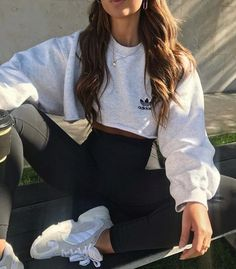 Our Favorite Active Trends for 2020 - Active Wear Outfits ♡ - Cute Comfy Outfits, Cute Casual Outfits, Simple Outfits, Stylish Outfits, Easy School Outfits, Cute Legging Outfits, Cropped Hoodie Outfit, Casual Shorts Outfit, Sweats Outfit