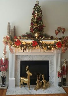 Traditional Red and Gold Christmas Mantle & DIY Christmas Mantel and Decor Ideas | Pinterest | Mantels decor ...