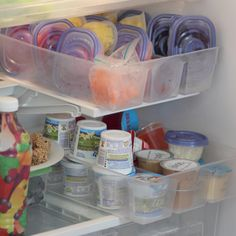 """Fridge organization & """"snack station"""" for 4 year old. She can pick from a variety of healthy snacks (PLUS easy to get to!) Original pin: http://pinterest.com/griffgeek/i-m-really-a-mom/"""