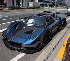 Pagani Zonda R  | photo via @Autogespot_Japan !