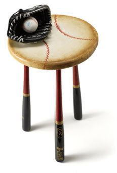 This grand slam table made with baseball bat legs is sure to be a hit with your little slugger! #BeautiTone paint kids home decor - DIY