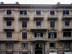 www.italialiberty.it - Il Liberty a Bari.  Galleria d'arte La Panchetta, Bari  C.so Cavour.  Foto di Gianni Porcellini