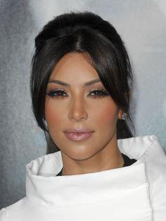 kim kardashian makeup | Kim Kardashian face photo | Posh24.com