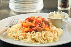 Spaguetti peperonata con pollo