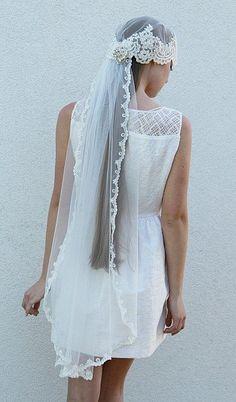 Fingertip Bridal Veil, Laced  Headpiece, laced  Vintage Cap veil , bridal hair piece, Wedding tulle lace veil