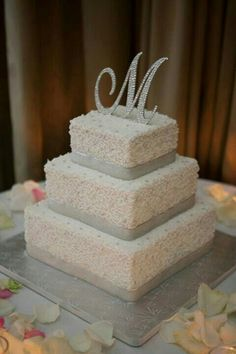 Buttercream frosting wedding cake