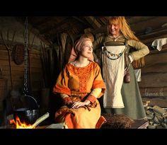 """Dorestad 825: Tilda & Gunna ~ Archeon ~ Ostara 2009 ~ Photo: Hans Splinter by Gunna825, via Flickr"""