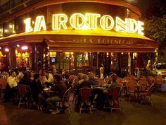 Parisian café at night