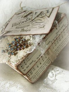 Vintage Shabby White Box