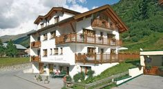 Haus Elisabeth - 3 Star #Apartments - $98 - #Hotels #Austria #Obergurgl http://www.justigo.biz/hotels/austria/obergurgl/haus-elisabeth-obergurgl_41524.html