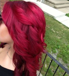 red/magenta hair color