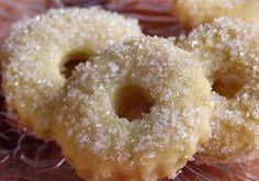 "Mrazovci – ""Pečeni i kuhani"" — Coolinarika Christmas Sweets, Christmas Baking, Cookie Recipes, Dessert Recipes, Jam Cookies, Favorite Cookie Recipe, Czech Recipes, No Bake Pies, Mini Cheesecakes"