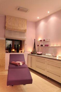 Face & BodyInsitutepolsko-brytyjski Instytut Medycyny i Kosmetyki Estetycznej oraz Dermatochirurgii.  Oferuje duży wybórzabiegów kosmetycznych, masaży, autorskich technik modelowania sylwetki i leczenia cellulitu oraz zabiegów z zakresu małej chirurgii.  http://krakowforfun.com/pl/5/spa/face-body