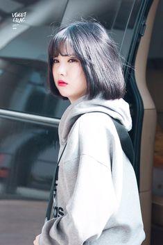 Gfriend-Eunha 181022 Gimpo Airport to Japan South Korean Girls, Korean Girl Groups, Korean Short Hair, Sinb Gfriend, Jung Eun Bi, G Friend, Asian Hair, Korean Model, Beautiful Asian Girls