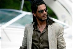 shah rukh khan images don 2 long pony hairstyle