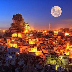 Most Beautiful Full Moon Clicks En güzel dolunay tıklamalar Istanbul, Beautiful World, Beautiful Places, Beautiful Scenery, Espanto, Full Moon Night, Turkey Photos, Dancing In The Moonlight, Shoot The Moon