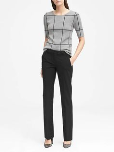 Sophisticated Work Attire and Office Outfits for Women to Look Stylish and Chic Summer Work Outfits, Casual Work Outfits, Business Casual Outfits, Professional Outfits, Work Attire, Office Outfits, Work Casual, Office Attire, Office Wear