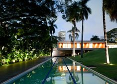 Casa Grecia by Isay Weinfeld {really nice house, except for the plastic lane markers maybe...}