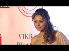 Bollywood Kingh Shahrukh Khan's wife Gauri Khan at Vikram Phadnis's anniversary fashion show. For more Gauri Khan's latest news, gossips, hot photos, ho. Vikram Phadnis, 25th Anniversary, Fashion Show, Youtube, Runway Fashion, 25 Year Anniversary, Youtubers
