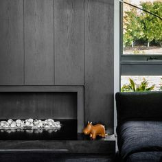 Contemporary Fireplace Ideas - Do you want to include a contemporary fireplace in your next home or upcoming renovation but don't know where to start? These tips and tricks will help you create a contemporary fireplace that will enhance the overall look of your space.