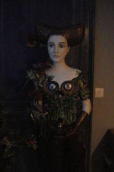 statue lampadaire en pâte à papier grillage , personnage féerique . : Sculptures, gravures, statues par delalune62