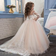 94.05$  Buy now - http://alitrz.worldwells.pw/go.php?t=32791582190 - 2017 New Champagne Puffy Lace Flower Girl Dress for Weddings Long Sleeves Ball Gown Girl Party Communion Pageant Gown  94.05$ Lacey Wedding Dress, Wedding Dresses For Kids, Wedding With Kids, Cute Girl Dresses, Girls Party Dress, Little Girl Dresses, Baby Dress, Fashion Dress Up Games, Flower Girl Hairstyles
