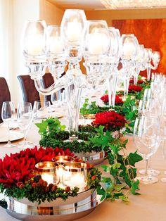 テーブルコーディネイト    赤と緑のコントラストが映えるテーブルコーディネイト。