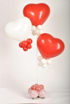 Valentine Balloons Valentines Anime, Valentines Games, Valentines Balloons, Funny Valentine, Helium Balloons, Baby Shower Balloons, Fiesta Decorations, Balloon Decorations, Baby Shower Party Favors