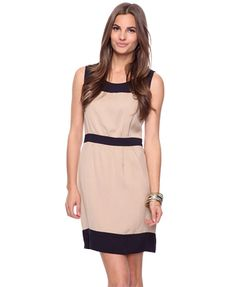 Great color-block dress. would look great with a black blazer to wear to work, too.