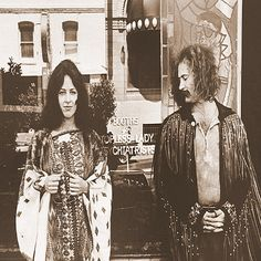 Grace Slick and David Crosby in front of Vesuvio