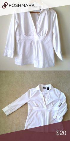 Crisp white blouse White crisp blouse. Very nice! NY and CO. Tops Blouses