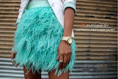 DIY No sew Ostrich Feather Skirt