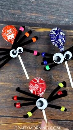 Halloween Accessories-Halloween Party Favours Party Bag Critters Range Glow Dark