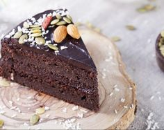 A delicious gluten free cake that is packed with nutrients and vegetables? Try this Chocolate Beetroot Cake for a healthy twist. Cakes To Make, How To Make Cake, Food Cakes, Cupcake Cakes, Lactose Free Chocolate, Chocolate Avocado Cake, Chocolate Cakes, Cake Recipes, Dessert Recipes