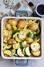 Moja smaczna kuchnia: Pieczone warzywa z czarnuszką i czosnkiem Potato Salad, Food And Drink, Potatoes, Cooking, Ethnic Recipes, Impreza, Drinks, Drinking, Beverages