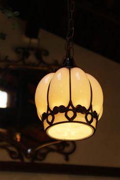 フランスやイギリスのアンティーク風(廃盤)大正モダンランプを販売する東京のランプ・照明・シャンデリア通販ショップ【malto/マルト】灯りを付けなくてもインテリアのオブジェになる人気のおしゃれで可愛い照明器具を格安で販売