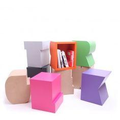 Artcanbreakyourheart Buchstabenhocker A-Z, Handgefertigt, farbenfroh & von Designer Sascha Grewe. Buchstabenhocker A-Z von Artcanbreakyourheart hier online kaufen!