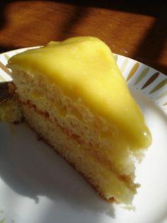 Lemoncake with lemonfrosting