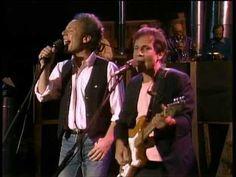 Simon & Garfunkel live in central Park 1981 performing Kodachrome. Music Mood, Music Tv, Rock N Roll Music, Rock And Roll, Easy Listening Music, Simon Garfunkel, Rock Videos, Cool Lyrics, Music Theater