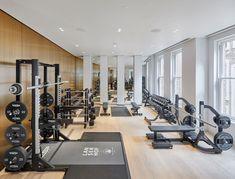 Lanserhof at The Arts Club in London gestartet Home Gym Garage, Basement Gym, Spa Breaks, Sports Medicine, Gym Decor, Gym Room, Gym Design, Studio Design, Houses