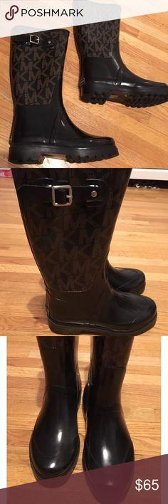 MK MICHAEL KORS BROWN AND BLACK RAIN BOOTS SZ 6 Michael kors rain boots lights worn! KORS Michael Kors Shoes Winter & Rain Boots