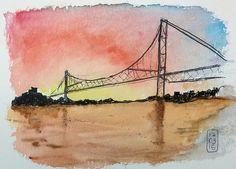 Cartão postal de Florianópolis, a ponte Hercílio Luz está fechada desde 1982 por risco de desabar, o Governo de Santa Catarina já gastou mais de R$ 560 milhões (sim… mais de meio bilhão de re…